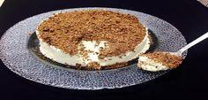 Χειροποίητο παγωτό βανίλιας με νιφάδες σοκολάτας | athensgo Tiramisu, Food And Drink, Ice Cream, Ethnic Recipes, Desserts, Athens, Granite, No Churn Ice Cream, Tailgate Desserts