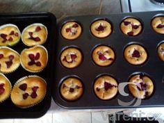 + 3 malinové muffiny