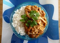 Chicken sauce creamy peanut butter in the crockpot Meat Recipes, Slow Cooker Recipes, Asian Recipes, Crockpot Recipes, Cooking Recipes, Ethnic Recipes, Confort Food, Sauce Crémeuse, Good Food