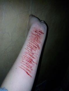 Лапка пострадала