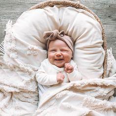 neugeborene fotos l neugeborene fotografie l baby fotos l . Cute Kids, Cute Babies, Babies Stuff, Foto Baby, Baby Arrival, Baby Kind, Baby Sleep, Baby Baby, Baby Newborn
