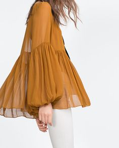 Discover the new ZARA collection online. Retro Outfits, Casual Outfits, Hijab Fashion, Fashion Dresses, Hijab Stile, Sleeves Designs For Dresses, Merian, Retro Fashion, Womens Fashion