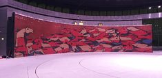Mural de Trencadis más grande del mundo. Grande, Tapestry, Home Decor, World, Hanging Tapestry, Tapestries, Decoration Home, Room Decor, Home Interior Design