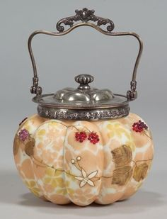 I've never heard of a Biscuit Jar before, but anything put in such a beautiful jar as this must taste delicious.