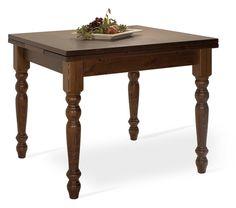 Tavolo allungabile rustico in legno massello di pino di Svezia, proposto in finitura noce. www.arredamentirustici.it