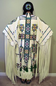 KQ Designs - Native American Beadwork, Powwow Regalia, and Beaded Clothing and Accessories. Native American Regalia, Native American Clothing, Native American Beauty, Native American Crafts, Native American Beadwork, American Indian Art, Native American History, Native Beadwork, American Traditional