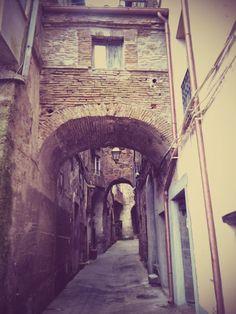 L'antica porta del borgo