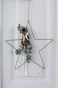 73 Beautiful Examples Of Scandinavian-Style Christmas Decorations #christmasdecorationsDIY