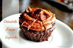 What the? not sure if I am amazed or disgusted... No just hungry! Yum! chocolate cupcake with bacon recipe