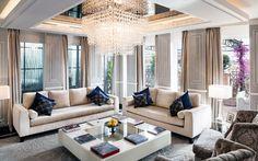Perfetta combinazione di design moderno e tradizionale stile italiano, estesa su una superficie di 560 mq, di cui 290 mq di terrazze private, con la più incredibile vista a 360° sulla Città Eterna.