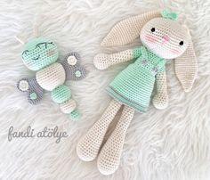 Mesmerizing Crochet an Amigurumi Rabbit Ideas. Lovely Crochet an Amigurumi Rabbit Ideas. Bunny Crochet, Crochet Animals, Crochet Dolls, Knit Crochet, Crochet Hats, Amigurumi Doll, Amigurumi Patterns, Crochet Patterns, Handgemachtes Baby