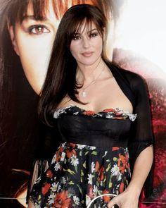 Italian Women, Italian Beauty, Turkish Beauty, Monica Belluci, Monica Bellucci Photo, Hot Brunette, Brunette Beauty, Lady Madonna, World Most Beautiful Woman