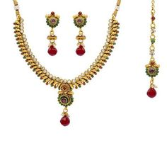 Pearlscart  Elegant Golden & Stone Necklace Set #necklaceset #fashionjewellery