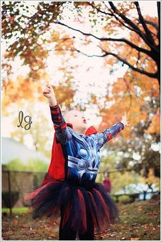 Little girl Thor costume - One day I hope I have a child as awesome as this child.