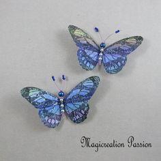 Magnets décoratifs papillons soie bleu 8,5 cm + 2 aimants - Un grand marché Chat 3d, St Pierre, Insects, Blue, Magnets, Playing Card, Papillons, Silk, Objects