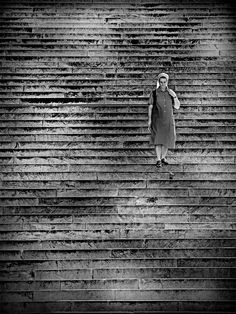 Nice Collection of Fresh Inspirational Street Photography, Art Photography, Still Frame, Photo Composition, Magnum Photos, Imagines, Photo Black, Black And White Photography, Vintage Photos