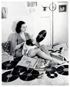 Dame, Dog & Vinyl