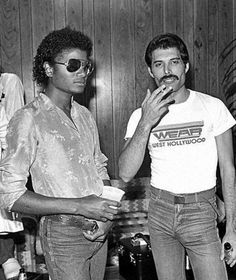 Anonymous said: Michael Jackson with Freddie Mercury. Answer: I don't have a lot of rare but good quality pictures of MJ with Freddie Mercury together… I hope it's okay anyway…. Die Queen, Queen Queen, Queen Band, Sammy Davis Jr, Louis Armstrong, Queen Freddie Mercury, The Jacksons, Music Icon, Robin Williams