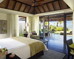 """Ocean Villa  Maximale Belegung: Drei Erwachsene oder zwei Erwachsene und ein Kind.  Ab 670 € pro Villa und Tag mit Halbpension  """"All Inclusive"""" ist zubuchbar."""