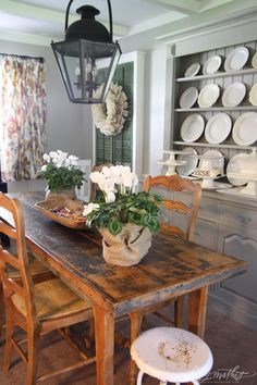Kitchen Dining {Rustic} {White} {Neutral} {Burlap} {Flowers}