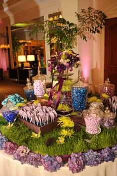 A beautiful spring candy buffet. Like candy blooms!