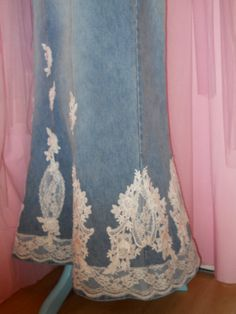 Long Jean Skirt. Would love to make this myself!!!! | Sewing ...