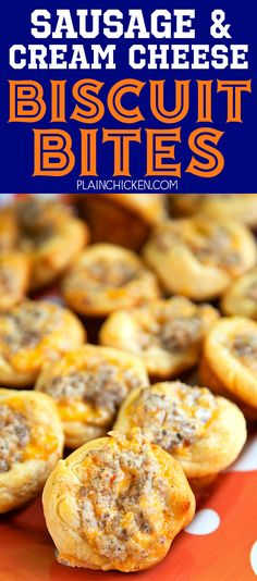Sausage and Cream Cheese Biscuit Bites - so GOOD! Sausage, cream cheese, Worcestershire, cheddar cheese baked in biscuits. Can make the sausage mixture ahead of time and refrigerate until ready to bake. Great for tailgating, breakfast and parties! Cream Cheese Biscuits, Sausage Biscuits, Cheddar Cheese, Cream Cheeses, Cheese Sausage, Mayonaise Biscuits, Oatmeal Biscuits, Easy Biscuits, Cake