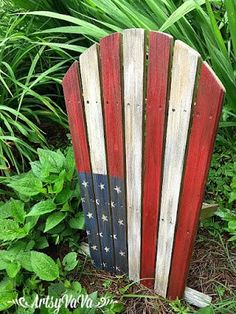 shares Facebook Twitter Google+ Pinterest LinkedIn StumbleUpon Print Reddit The 4th of July is right around the corner. I've hand-picked 25 pretty freakin awesome patriotic upcycled projects from the most talented and creative bloggers on the net. Many of these projects even have a cool backstory. These items were headed to the landfill or in …