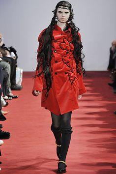 Sfilata Comme des Garçons Parigi - Collezioni Autunno Inverno 2008/2009 - Vogue