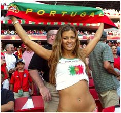 FIFA World Cup starts today and here is a huge sexy World Cup fans post. Sexy girls from all over the world. Enjoy FIFA World Cup starts today and here is a huge sexy World Cup fans post Hot Football Fans, Football Cheerleaders, Football Girls, Soccer Fans, Female Football, Soccer Sports, Cheerleading, Jack Black, Hot Fan