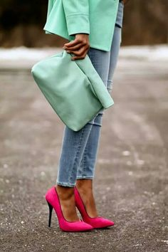 Luv the pink heels with mint!  Sooo cute!