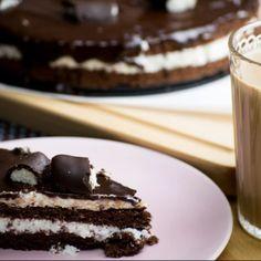 Túró rudi torta gazdagon   Nosalty Cheesecake, Ethnic Recipes, Food, Cheesecakes, Essen, Meals, Yemek, Cherry Cheesecake Shooters, Eten