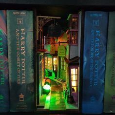 The internet has officially discovered book nooks, AKA bookshelf inserts fashioned as portals to tin Hogwarts, Diy Upcycling, Diagon Alley, World Of Books, Miniature Furniture, Book Nooks, Fairy Houses, Cheap Home Decor, Book Lovers