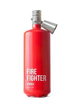 Fire Fighter Vodka Packaging ... Sólo en caso de fuego!