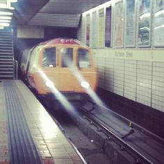 Glasgow Subway by @ruth_b1