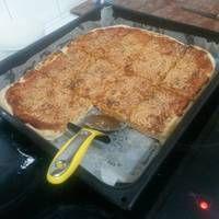 Ζύμη για pizza, από τον Jamie Oliver! Jamie Oliver, Lasagna, French Toast, Pizza, Breakfast, Ethnic Recipes, Food, Morning Coffee, Meals