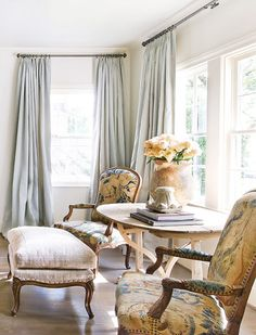 French antiques in a charming setting by Eleanor Cummings - Traditional Home