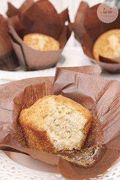 muffins-de-vainilla  Cambie la vainilla por jugo de naranja, muy ricos!