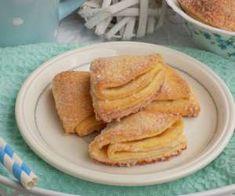 Ciasteczka ,,gęsie łapki'' - PrzyslijPrzepis.pl Pancakes, Breakfast, Food, Morning Coffee, Essen, Pancake, Meals, Yemek, Eten