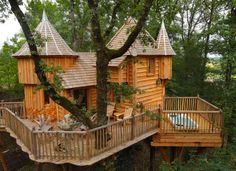 Vacation in a Tree House in France - Interesting and Fun Homes - Good Housekeeping