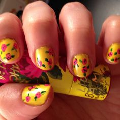 @sunnyr27 Betsey J inspired nails! LOOOVE!!