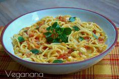 Espaguete com Molho de Tomates e Manjericão - Veganana