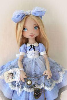 Алиса. Любимый образ. Юная милая фантазёрка. Приятного просмотра!