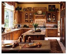 If you are having difficulty making a decision about a home decorating theme, tuscan style is a great home decorating idea. Many homeowners are attracted to the tuscan style because it combines sub… Country Kitchen Designs, French Country Kitchens, French Country Bedrooms, French Country Cottage, Tuscan Kitchens, Country Style, French Kitchen, Kitchen Country, Family Kitchen