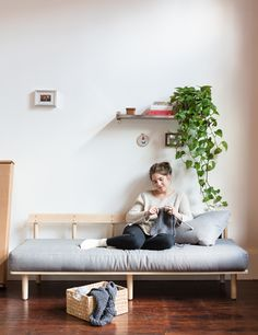 Greycork is flatpack furniture that ships straight to your door and can be built in 10 minutes. Made to last 10-15 years with several moves in between.