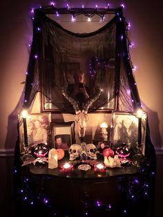 Samhain ancestor altar 2016.