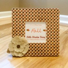 Hey, I found this really awesome Etsy listing at https://www.etsy.com/listing/246957227/fall-decoupage-picture-frame-autumn
