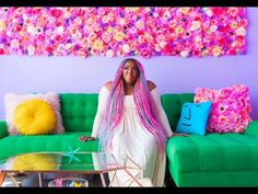 This Lady& House Is So Colourful, She Principally Lives In A Rainbow Amina Mucciolo, aka Studio Mucci, is kind of the colourful character and her rainbow-colored condo is one of the best witness to it. The designer has . Light Purple Walls, Colorful Apartment, Colourful Outfits, Flower Wall, Diy Flower, Decoration, House Colors, Rainbow Colors, My Dream Home