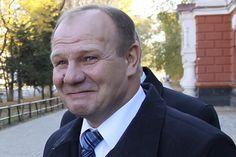 Экс-мэр Александр Мигуля вернулся на родину - в Благовещенск.  Читайте в новой статье