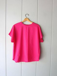 Vintage 80s Magenta Pink Poly Top Minimal Tee Blouse Boxy Cap Vintage Tops, Magenta, Minimal, Cap, Trending Outfits, Tees, Blouse, Unique, Pink